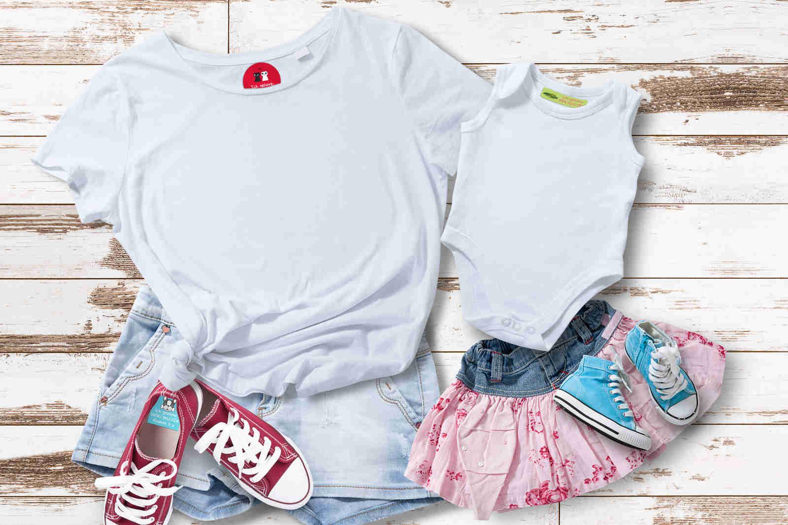 Kleidungsbeschriftung für Turnsachen, Arbeitskleidung, Kita, Kindergarten, Schule und Altersheime. Namenssticker Österreich liefert Bügeletiketten und Klebebeschriftungen für Kleidung und Schuhe.